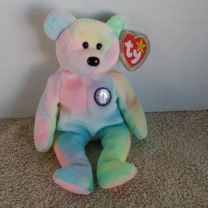 Ty B.B. Bear birthday bear with tag.